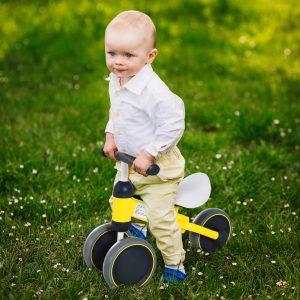 Triciclo bicicleta sem pedais para crianças de 18 a 24 meses Amarelo 47x19x35cm